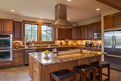 697 Armory Road, Whitefish Home For Sale with acreage Whitefish, MT Spring Interiors